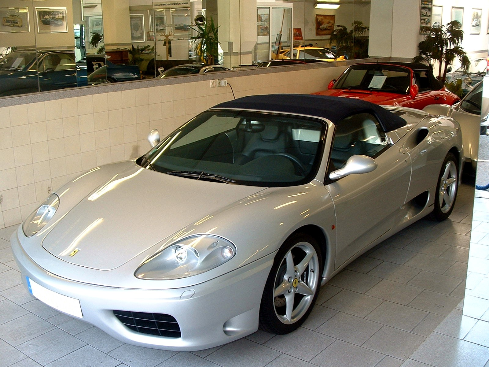ferrari 360 spider chez autodrome cannes. Black Bedroom Furniture Sets. Home Design Ideas