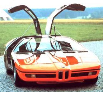 bmw_turbo72_gullwing_doors.JPG