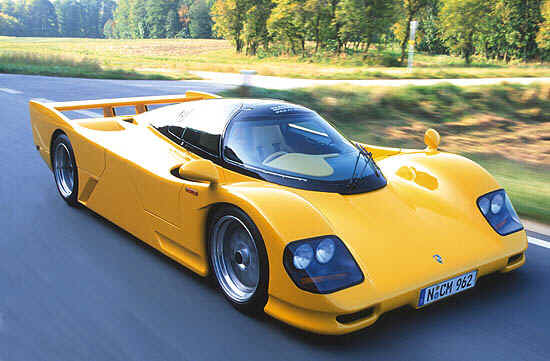 http://www.autodrome-cannes.com/dauer-porsche_962lm_yellow2.jpg