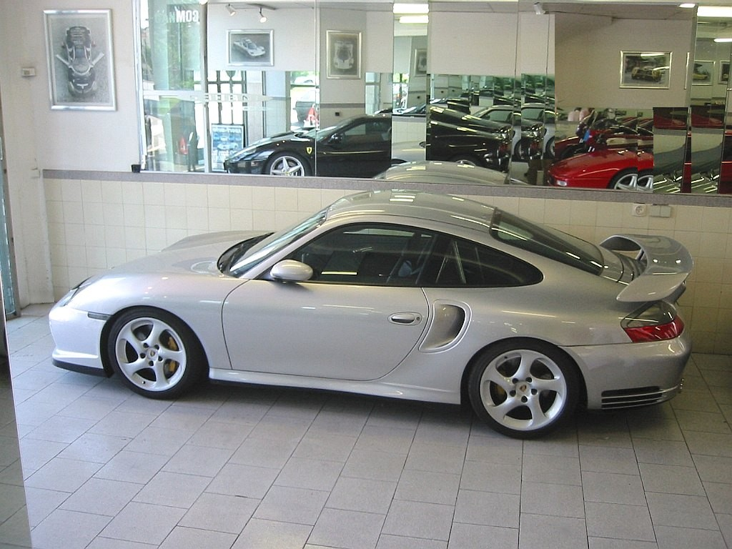 porsche_996_gt2_ruf_showroom_profile.jpg